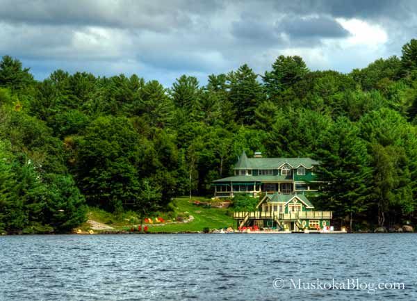 Goldie and Kurts cottage in Muskoka